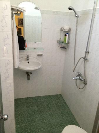 Ha Van Hotel: Bad mit Geruchsproblem