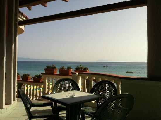 Villagio Albergo Da Ciccio: veduta dal bar di Ciccio sul mare