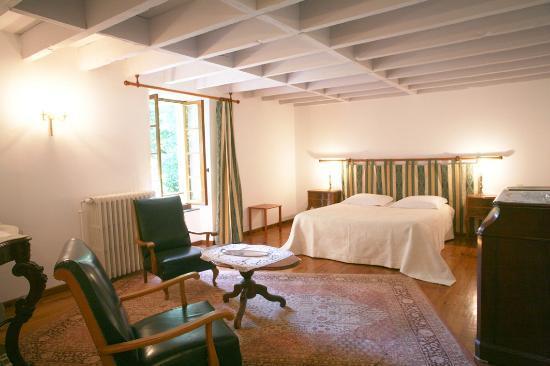 Villelongue Cote Jardins : Chambre 1 Style XIXème