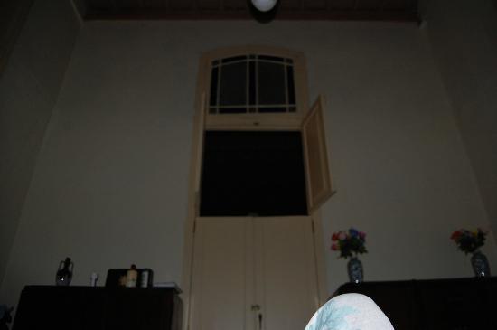 Casa Pablo Rodriguez : our room - no window