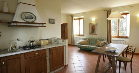Fattoria Santo Stefano: Cucina Appartamento Elios