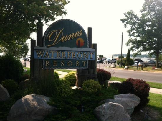 Dunes Waterfront Resort: Dunes Waterfront sign