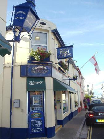 Gainsboro Guest House: Nearby Babbacombe has this Bestest Fish & Chip shop, a must for fans of quailty fresh fish & chi