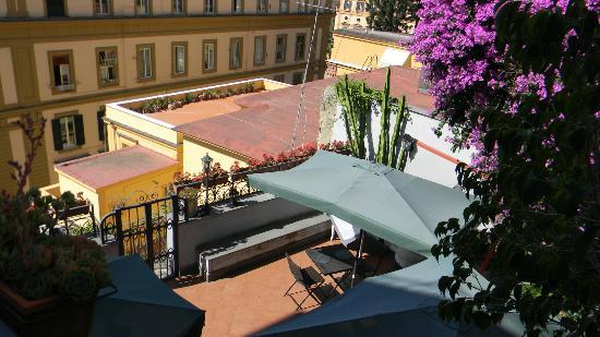 Villa Margherita : View of the Terrace dining