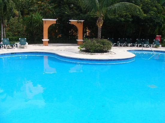 Royal Level at Occidental Cozumel: quiet pool