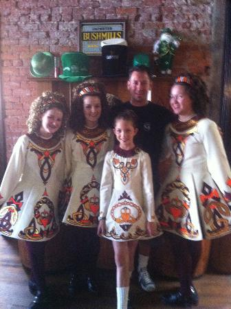 Garman's Restaurant and Irish Pub : Claddagh School of Dance - Ventura, CA