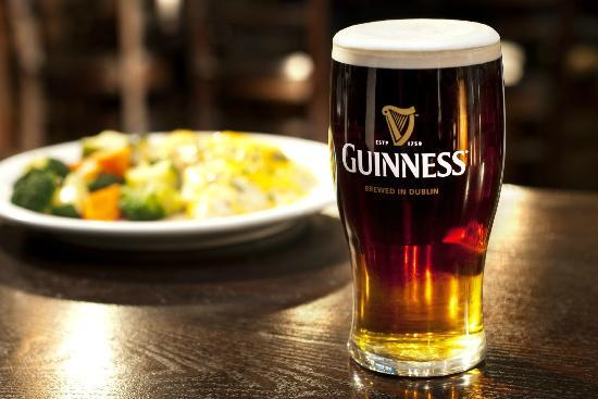 Garman's Restaurant and Irish Pub : Trinity -- Guinness, Smithwick's & Harp