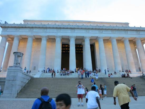 Context Washington Tours: Lincoln Monument