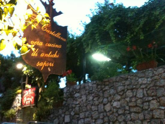 La Castellana: Terrazzo all' aperto