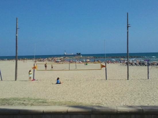Marejol: Ribes Roges beach