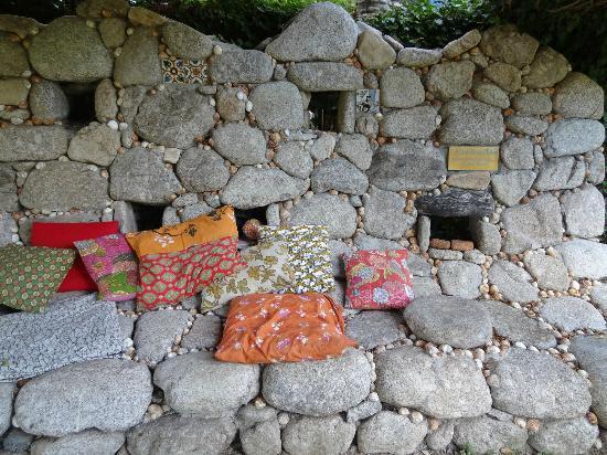 Le Jardin des Sambucs : Gemütliche Sitzecke