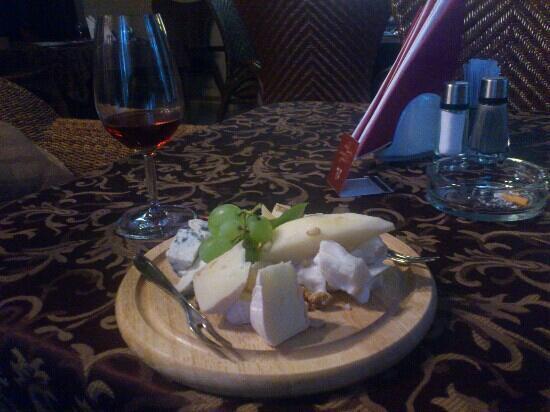 Penati: cheese and port