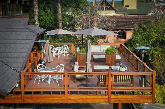 Hotel Casa da Montanha: Deck