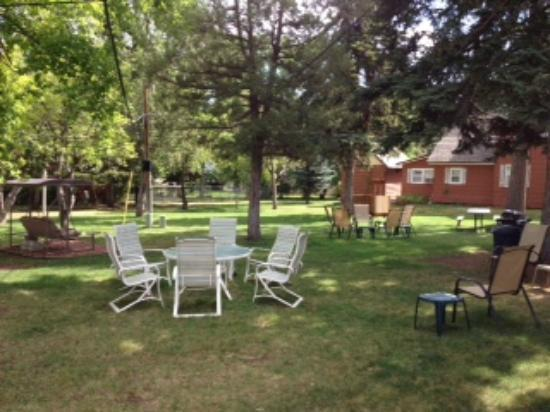 Orchard Creek Cottages: Court Yard of Cottages 1-10.  Picnic tables, gas grills, chairs
