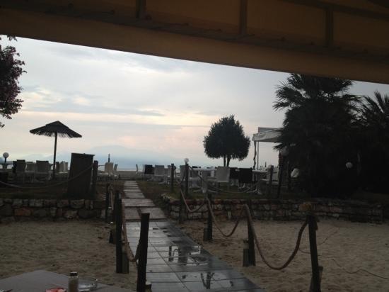 La Capannina: direkt am wasser, kleiner Strand