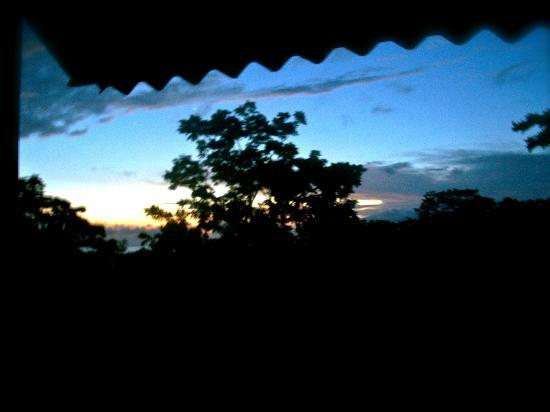 Osa Clandestina: sunset as viewed from the cabin