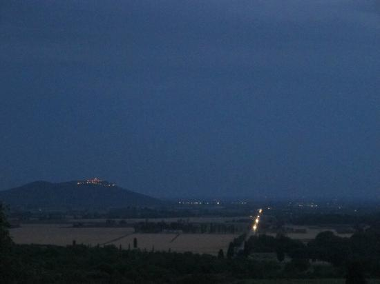Pieve di Caminino Historic Farm: View at night