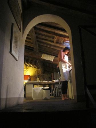 Pieve di Caminino Historic Farm: Cooing in Bifora