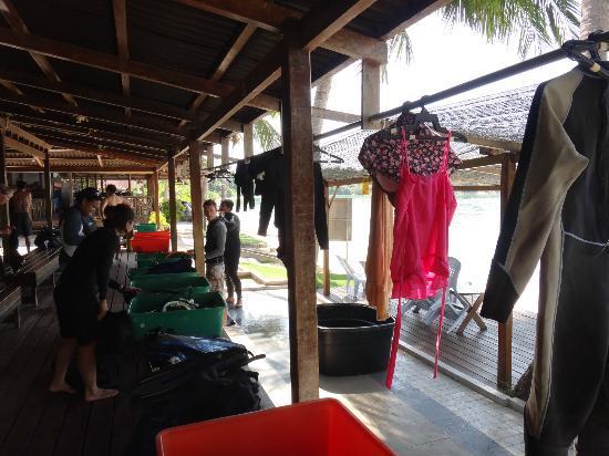 Redangkalong Resort : The dive centre