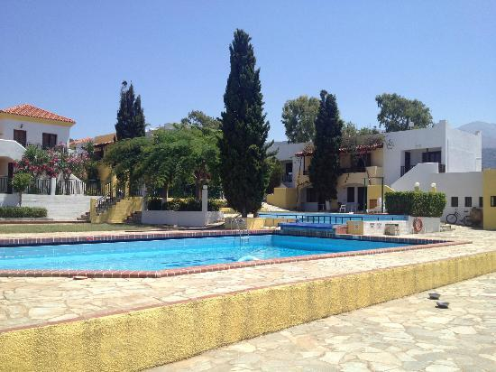 Mia Hara: The pool area and freshly painted apartments