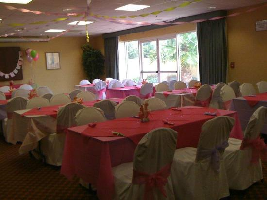 Holiday Inn Express Madera Yosemite Pk Area: Banquet Room for Baby Shower