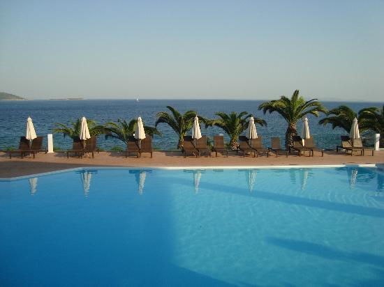 Proteas Blu Resort : Blick vom Poolside-Restaurant aus