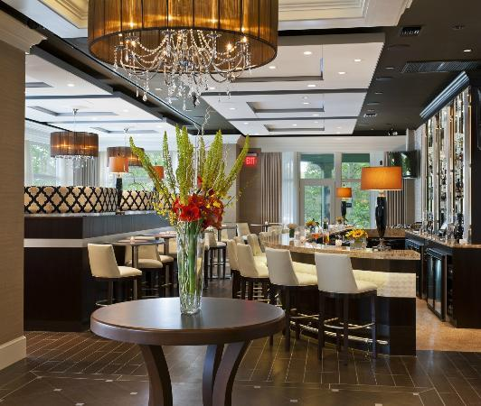 Paramour at Wayne Hotel: Bistro Bar