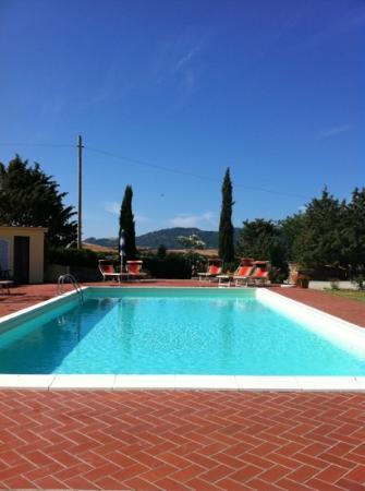 Casa Al Bosco: piscina