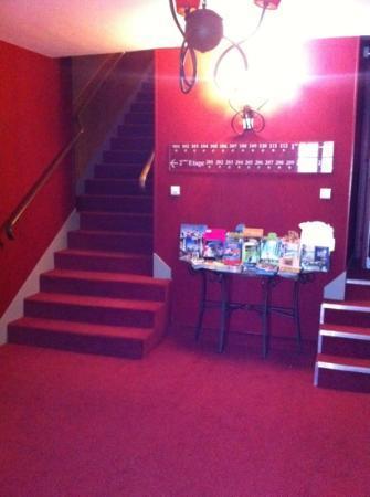 Hotel Le Montloire : accès chambre