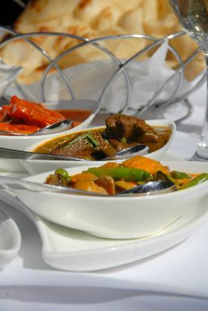 Oh calcutta indian cuisine tandoor auckland central for Ajadz indian cuisine auckland