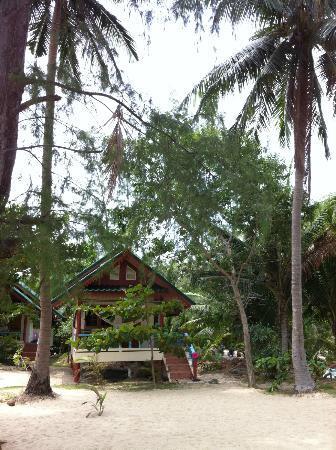 Wang Sai Resort: Bungalow sur la plage
