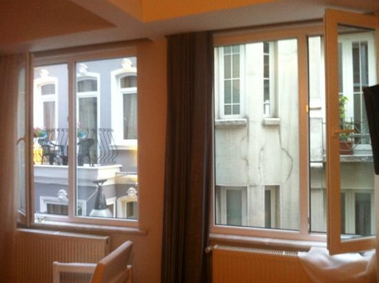 212 Istanbul Suites: to the right of these 2 windows is a 3rd with window seat. watch istanbul go by.