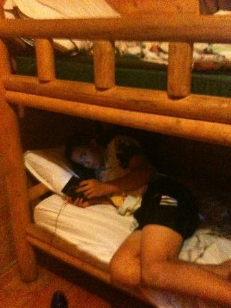 Allentown KOA Campground: Chilling on the bunk in the cabin!