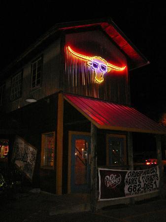 Cowboy's Bar-B-Q: Storefront