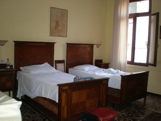 Bed and Breakfast Corte Campana: Room