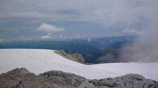 Pension Hoffelner: Dachstein glacier