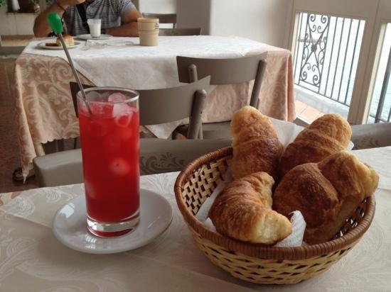 Hotel Belvedere & Tre Re: colazione