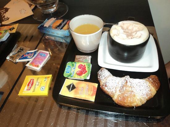 B&B Castro Pretorio: petit déjeuner copieux