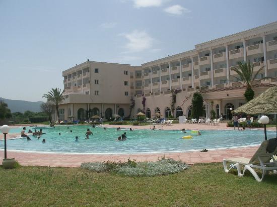 Hotel Itropika Beach : piscina