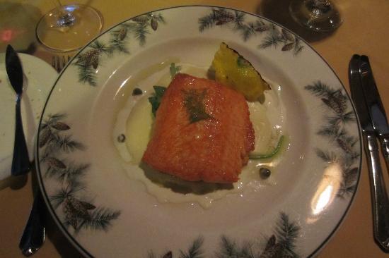 The Lakefront Restaurant: Fresh Caught Wild Salmon