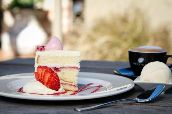 Old Brickworks Brasserie at Potters Hunter Valley : Drop in for afternoon tea!