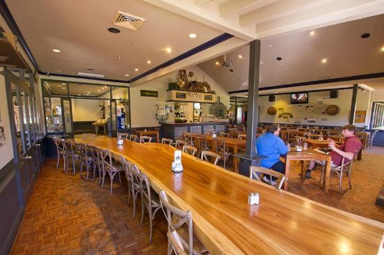 Old Brickworks Brasserie at Potters Hunter Valley : Everyone loves the Tree Table!