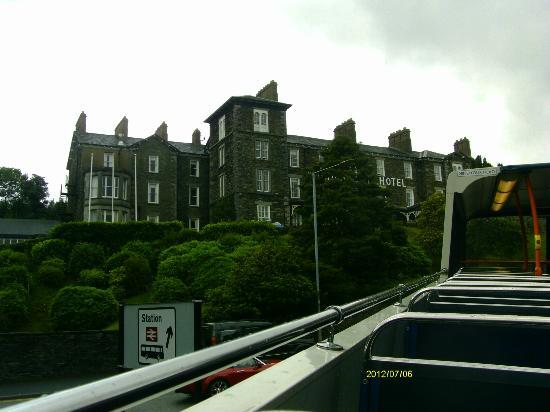 The Windermere Hotel: view of the hotel from an open top bus