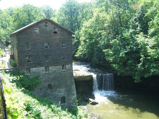 Lanterman 39 s mill youngstown all you need to know before you go with photos tripadvisor for Parks garden center canfield ohio