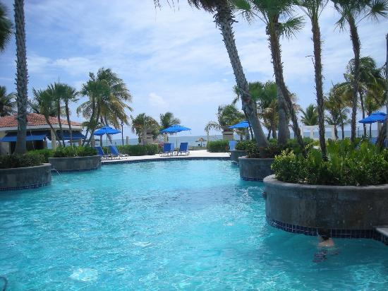 Ponce Hilton Golf Resort - Picture of Hilton Ponce Golf ...