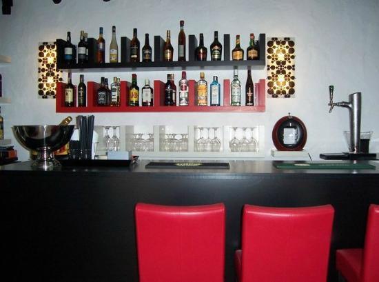 Albufeira Beach Hotel : BAR