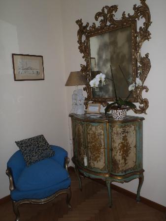 La Locandiera: Mare room