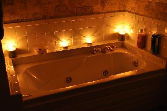 Harmony Hill Bed & Breakfast: Restful self-indulgence!!!