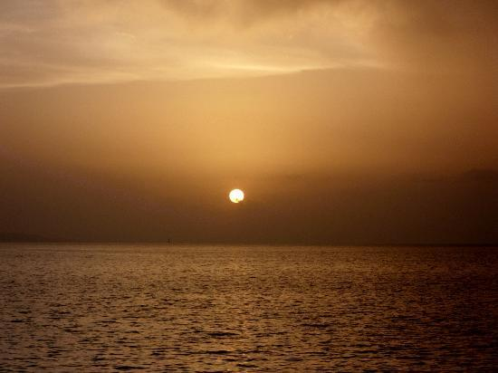 Casablanca Beach Hotel: Perfect Sunset from Balcony 