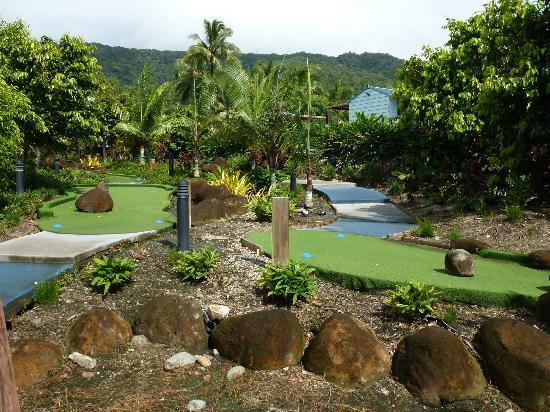 Paradise Palms Resort & Country Club: Putt-Putt Golf